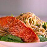 اسپاگتی ماهی سالمون و لیموترش